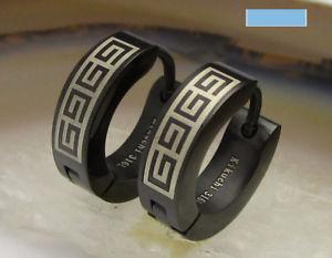 【送料無料】ピアス ピアス チタンステンレススチールロールバーギリシャkikuchi mnner herren ohrringe titan edelstahl klapp creolen schwarz 4mm greek