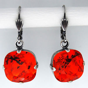 【送料無料】ピアス ピアス スワロフスキークリスタルシルバーオパールgrevenkmper ohrringe swarovski kristall silber rund 12 mm rot red fireopal