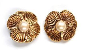 【送料無料】ピアス アレックスアンドレドパリゴールデンフラワーファッションohrclips von alexandre de paris goldene blume mperle, cipon ear fashion
