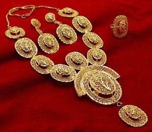 【送料無料】ネックレス ボリウッドジュエリーネックレスイヤリングbollywood femme 3pc collier bijoux boucles d'oreilles goldplated traditionnel