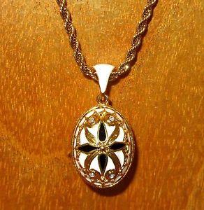 【送料無料】ネックレス ロシアエナメルカラースワロフスキークリスタルホワイトゴールドrusse authentique collier maille cristaux swarovski or blanc oeuf noir