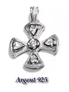【送料無料】ネックレス シルバーペンダントジルコニウムクロスジュエルpendentif argent 925 croix zirconium bijou
