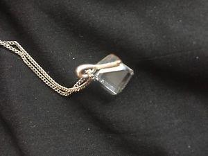 【送料無料】ネックレス キューブチェーンnouvelle annoncea vintage chaine avec une pendetif en forme du cube 35 sm circa 1970