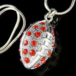 【送料無料】ネックレス スワロフスキークリスタルサッカーアメリカスポーツボールネックレスペンダントw swarovski cristal~ rouge 3d amricain football~ boule sport collier pendentif