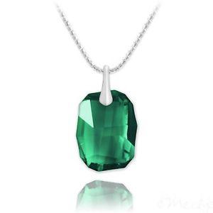 【送料無料】ネックレス シルバーネックレススワロフスキークリスタルグリーンcollier en argent 925 et cristal de swarovski vert