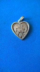 【送料無料】ネックレス ヴィンテージペンダントシルバーハートpendentif vintage argent coeur amoureux love pendant