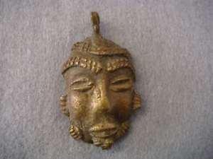 【送料無料】ネックレス ペンダントアフリカブロンズビンテージジュエルancien pendentif ethnique masque africain bronze bijou vintage vbb257