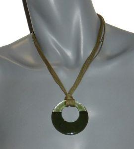 【送料無料】ネックレス ロープクランプグリーンガラスクリエーターカキマイマニアbijoux de crateur pour femme collier corde et verre vert amp; kaki lamp;my mania neuf