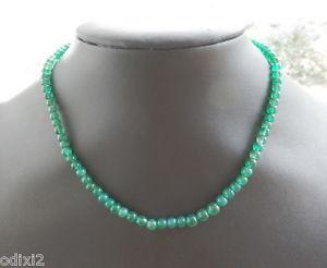 【送料無料】ネックレス ガラスビーズエメラルドクランプタワーcollier fin tour de cou perles de verre couleur emeraude