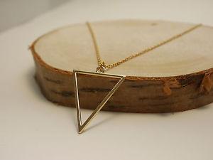 【送料無料】ネックレス ネックレスペンダントグラフィックcollier avec triangle pendentif moderne graphique minimal geomtrisch