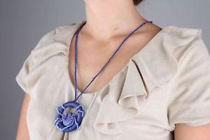 【送料無料】ネックレス マクラメバイオレットクリップcollier violet en macrame fait main