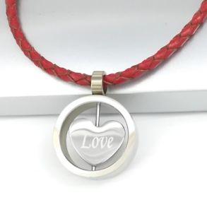 【送料無料】ネックレス シルバーペンダントレザーカラーステンレススチールラウンドargent acier inoxydable rond coeur damour pendentif rouge cuir tress collier