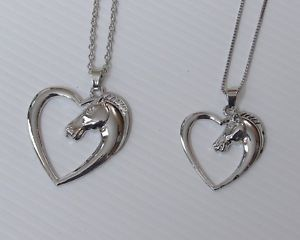 【送料無料】ネックレス ネックレスペンダントサイズcollier, pendentif tte de cheval entour dun coeur, 2 tailles au choix
