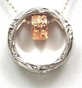 【送料無料】ネックレス シックピンクシルバーハワイアンプルメリアサークルバレルペンダントローズpais rose rose argent 925 hawaen plumeria volutes cercle baril perle pendentif