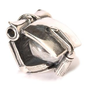 【送料無料】ネックレス シルバーauthentic trollbead silver graduation tagbe40061 laurea