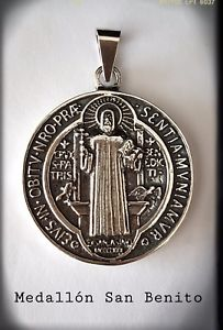 【送料無料】ネックレス サンベニトプラタサンベニトサンベニトsan benito benedicti silver plata san benito exorcismo medallon san benito 4cms
