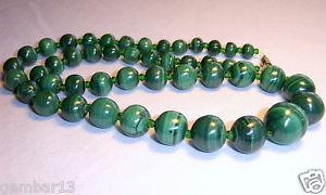 【送料無料】ネックレス マラカイトグリーンクランプアフリカvritable vert malachite collier gradue perles africaine malakite
