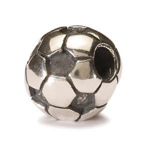 【送料無料】ネックレス シルバーサッカーボールダauthentic trollbead silver soccer ball tagbe50006 pallone da calcio