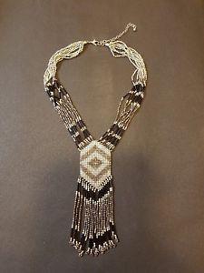 【送料無料】ネックレス ガラスビーズcollier en perles de verre