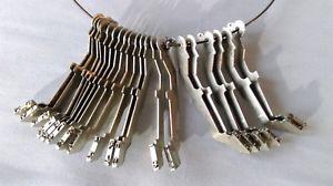【送料無料】ネックレス セットマシンアーティストデザインクランプatypique collier design bijou dartiste machine crire dcal