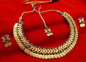 【送料無料】ネックレス ゴールドデザイナーメッキネックレスイヤリングconcepteur de bollywood de ginni plaqu or collier boucles d'oreilles bijoux