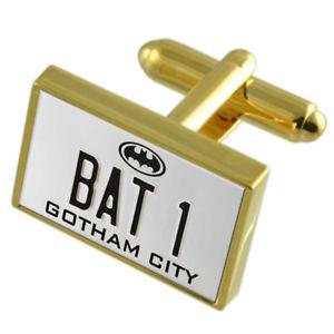 【送料無料】メンズアクセサリ― バットマンバットプレートカフスボタンメッセージボックスbatman bat 1 number plate goldtone cufflinks engraved message box