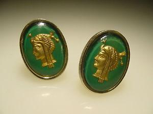 【送料無料】メンズアクセサリ― ビンテージゴールドトーンリバースペイントガラスエジプトカフリンクスlarge vintage gold tone reverse paint intaglio glass egyptian goddess cuff links