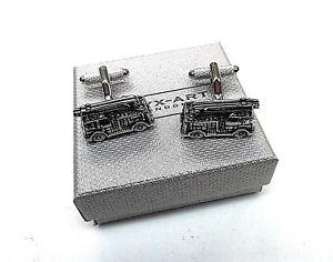 【送料無料】メンズアクセサリ― スリムボックスカフリンクfiremans giftsilver fire engine set of metal cuff links in a slim gift box