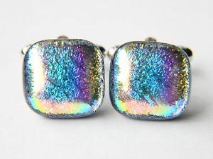 【送料無料】メンズアクセサリ― ダイクロイックガラスカフスボタンシルバーgenuine dichroic glass hand crafted cufflinks iridescent silver