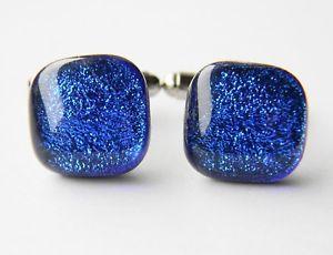 【送料無料】メンズアクセサリ― ダイクロイックガラスカフスボタンgenuine dichroic glass hand crafted cufflinks blue shimmer