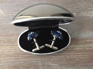 【送料無料】メンズアクセサリ― プレゼンテーションボックスカフスボタン listingfiat 500 3d cufflinks in an oval presentation box blue