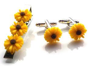 【送料無料】メンズアクセサリ― ハンドメイドユニークタイピンカフスボタンサンフラワーバッグセットgorgeous handmade unique tie pin and cufflinks set sun flower free gift bag
