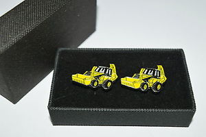 【送料無料】メンズアクセサリ― jcbカフスリンクboxedトターエナメルjcb digger cufflinks novelty weddingfarming gift boxed yellow tractor enamel