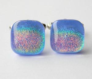 【送料無料】メンズアクセサリ― ダイクロイックガラスカフスボタンスペクトルgenuine dichroic glass hand crafted cufflinks blue spectrum