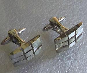 【送料無料】メンズアクセサリ― ビンテージメンズカフリンクスcufflinks vintage mens cuff links 1960s 1970s mod pale goldtone