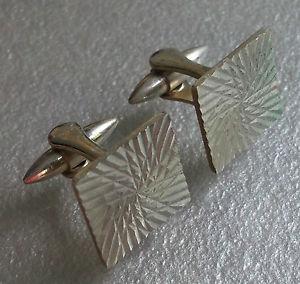 【送料無料】メンズアクセサリ― ビンテージメンズカフリンクスメタルcufflinks vintage mens cuff links 1960s 1970s metal mod dazzling square