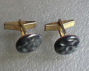【送料無料】メンズアクセサリ― ビンテージメンズカフリンクススレートグレーボタンエンドcufflinks vintage mens cuff links 1960s 1970s goldtone slate grey button end