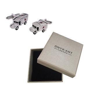 【送料無料】メンズアクセサリ― メンズシルバークロスカフスボタンオニキスアートボックスオンmens silver ambulance with red cross detail cufflinks amp; gift box by onyx art