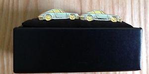 【送料無料】メンズアクセサリ― ハーヴェイスポーツレーシングゴールドcufflinks harvey makin sport racing cars gold amp; silver coloured metal boxed