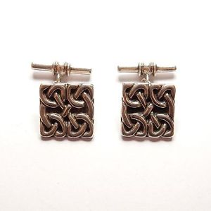【送料無料】メンズアクセサリ― モダンスターリングシルバースコットランドセルティックノットファンシーバーcufflinks modern 925 sterling silver scottish celtic knot fancy t bar 105g