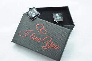 【送料無料】メンズアクセサリ― サイクリストバイクカフリンクスボックスサイクリングカフリンクスバレンタインcyclist bike cufflinks in i love you box cycling cuff links valentines gift