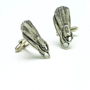 【送料無料】メンズアクセサリ― スキューバダイビングフィンピューターカフスボタンカフリンクスフリッパーscuba diving fins english pewter cufflinks flippers cuff links