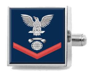 【送料無料】メンズアクセサリ― スターリングカフスリンクe4コミュニケーションicsterling engraved cufflinks navy red e4 interior communications technician ic
