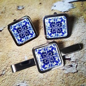 【送料無料】メンズアクセサリ― ユニークリスボンタイルカフスボタンタイバーポルトガルタイルセットスライドスーツunique lisbon tile cufflinks amp; tieclip set tie bar slide portuguese tile suit
