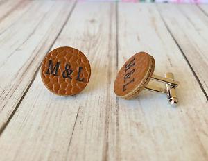 【送料無料】メンズアクセサリ― パーソナライズカフスボタンpersonalised leather cufflinks genuine grain 3rd anniversary gift wedding groom