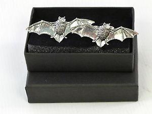 【送料無料】メンズアクセサリ― フライングバット?ピューターカフスボタンメンズflying bat vampire fine english pewter cufflinks gift mens boxed