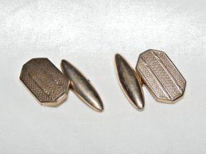 【送料無料】メンズアクセサリ― アンティークゴールドメッキエンジンオンカフリンクスantique gold plated engine turned cufflinks octagonal shape