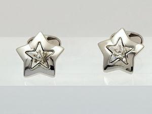 【送料無料】メンズアクセサリ― スワロフスキークリスタルスターイアンフラハティカフリンクスユニークカフスボタンクールswarovski crystal star cufflinks by ian flaherty, cool unique cufflinks for men