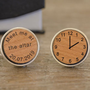 【送料無料】メンズアクセサリ― パーソナライズカフスボタンpersonalised wooden meet me at the alter cufflinks, wedding party gift, groom