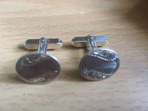 【送料無料】メンズアクセサリ― ヴィンテージ925カフスリンクmen's lovely vintage 925 silver fully hallmarked cuff links engraving used